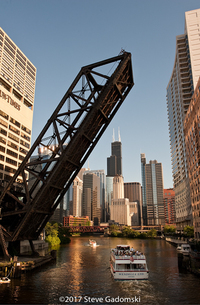 Chicago River Traffic